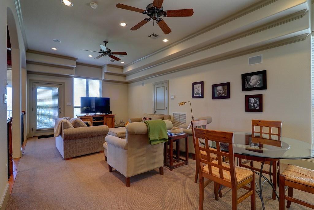 upper-floor-family-area2